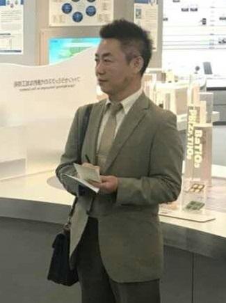 講師_李澤竜.jpg